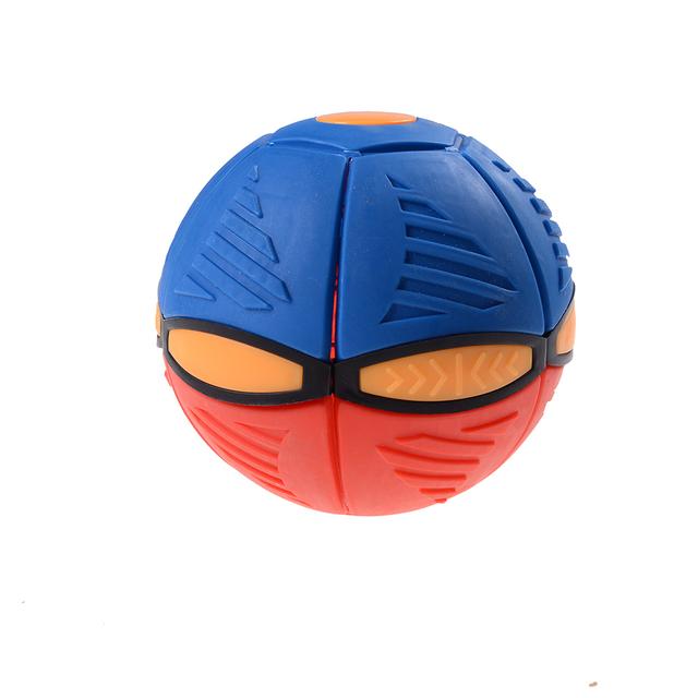 Throw disc ball