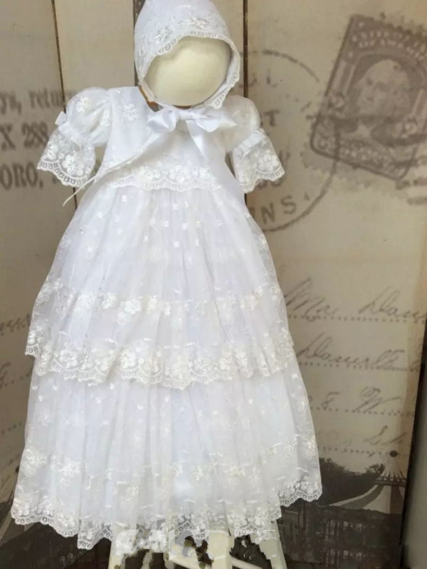 цена  Adorable Christening Gown White Ivory Tulle Lace Baby Girls Baptism Dress with Bonnet  онлайн в 2017 году