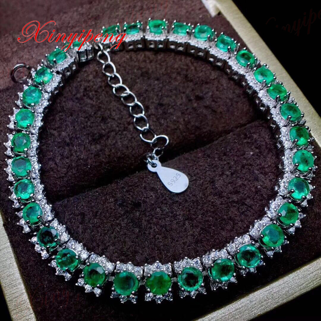 925 Silver Inlaid Natural Emerald Bracelets Design Is Beautiful