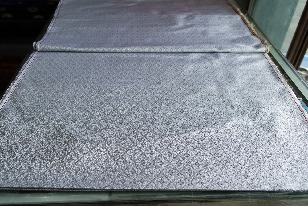 achetez en gros blanc damass tissu en ligne des grossistes blanc damass tissu chinois. Black Bedroom Furniture Sets. Home Design Ideas