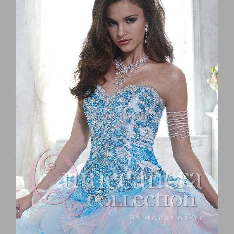 Two-Tone-Ruffles-Ball-Gown-Quinceanera-Dresses-with-Lace-Appliques-Beading-Bodice-Sweet16-Dress-Vestido-de(2)