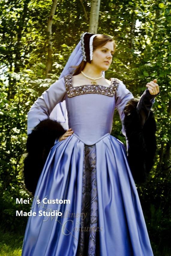 CUSTOM MADE Queen Anne Boleyn styled renaissance gown/Court Tudor ...