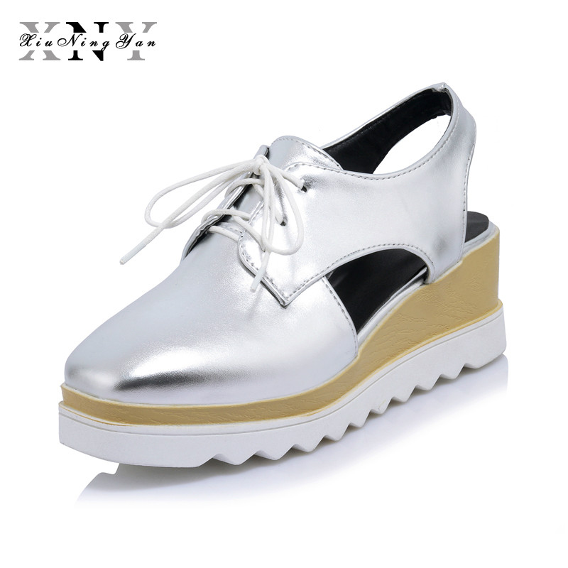 XIUNINGYAN Zapatos de plataforma para mujer Oxfords Brogue Pisos de PU Zapatos con cordones Creepers Vintage Hollow Light Sole Casual Shoes Plus size