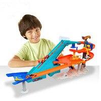 2018 Hot Wheels карусель трек игрушка пластиковые металлов миниатюр автомобили track classic Античная мальчик автомобиль игрушки детей игрушки 100% ориг