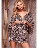 Ropa de Mujer Ropa Interior Atractiva de la Venta Caliente del Precio Barato al por mayor Salón de la ropa Suave Kimono Estampado de Leopardo Bata SL3035