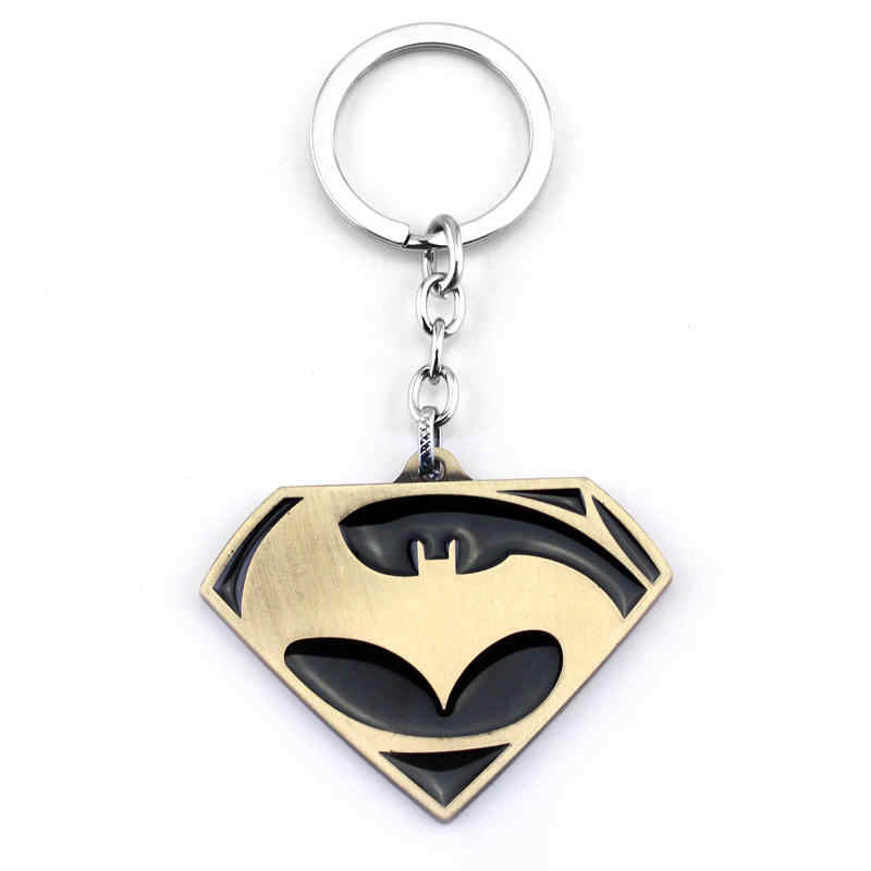 Dongsheng Moda Keychain Filme Batman v Superman Madrugada de Justiça Logo de Metal Chaveiro Chaveiro para Os Fãs Dos Desenhos Animados Toys-50