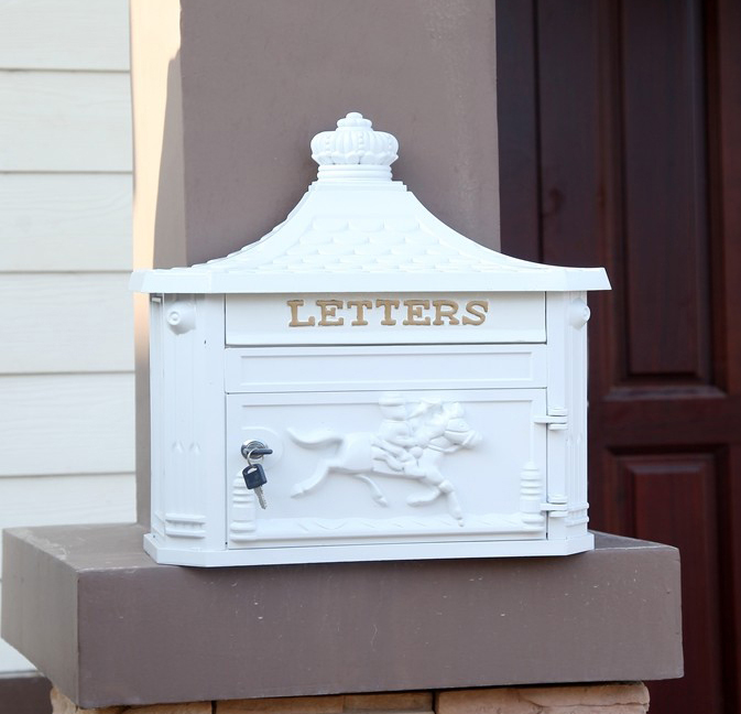 multi-color Apartment Vintage Garden outdoor mailbox white Cast Iron postbox newspaper mailbox Wall hanging Garden decorations