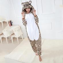 Leopard Ours Flanelle Pyjamas Hommes Femmes Siamois de Nuit Épaississent Adulte Enfants Amoureux Chaud Famille Équipée Hiver Animal Pyjamas(China (Mainland))