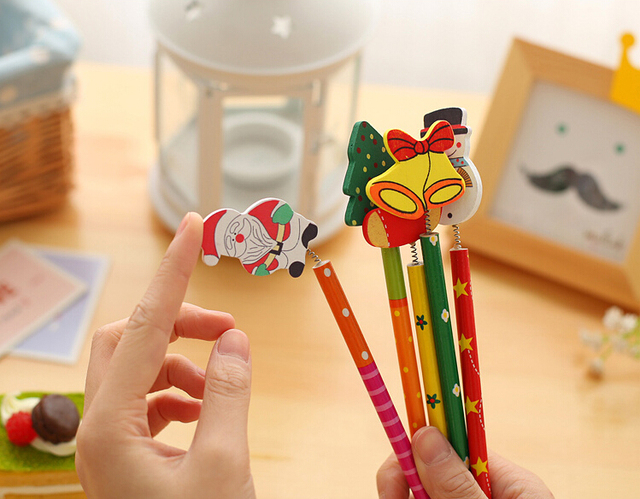 6 PCS/lot New Christmas Wooden Pencils Novelty Cartoon Stationery Wood Pencils  Office school pencils Merry Christmas Gifts 2