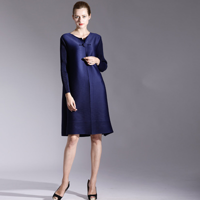 FREE SHIPPING Fashion Miyake fold dress pure color long sleeve style clasp dress IN STOCK - 2