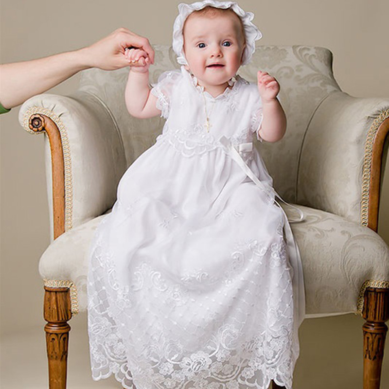 ФОТО Baby Girl Fomal Christening Dresses White Short Sleeve Gowns Floor-Length Lace Christening Ball Gowns with Lovely Hat White 2017