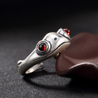 S990silver Zuyin retro toad inlaid garnet red ring