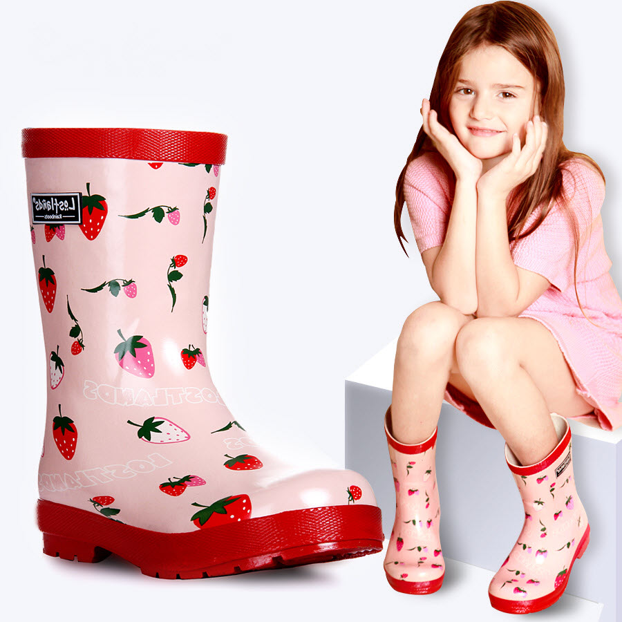 Free Shipping Children Girls Strawberry printing Rain boots gumboots wellingtons wellies Gum Rubber rainboots Overshoes Rubbers free shipping fashion madam featherweight rubber boots rainboots gumboots waterproof fishing rain boots motorcycle boots