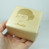Amelie music box wood wind up music box with La valse D'Amelie theme special gifts