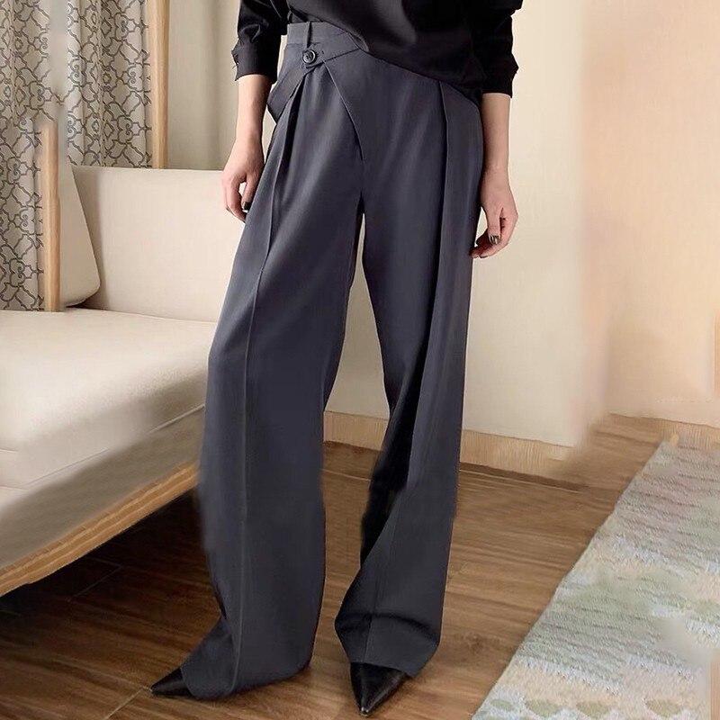 Image 5 - CHICEVER Летние Элегантные однотонные женские брюки с высокой  талией и неровными пуговицами с карманами, плиссированные тонкие прямые  женские брюки 2020Штаны и капри