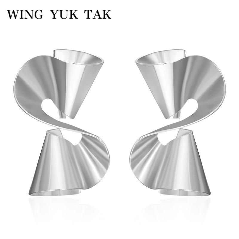 wing yuk tak Fashion New Punk Silver Color Twisted Stud Earrings for Women Punk Style Irregular Earrings Metal Jewelry Wholesale
