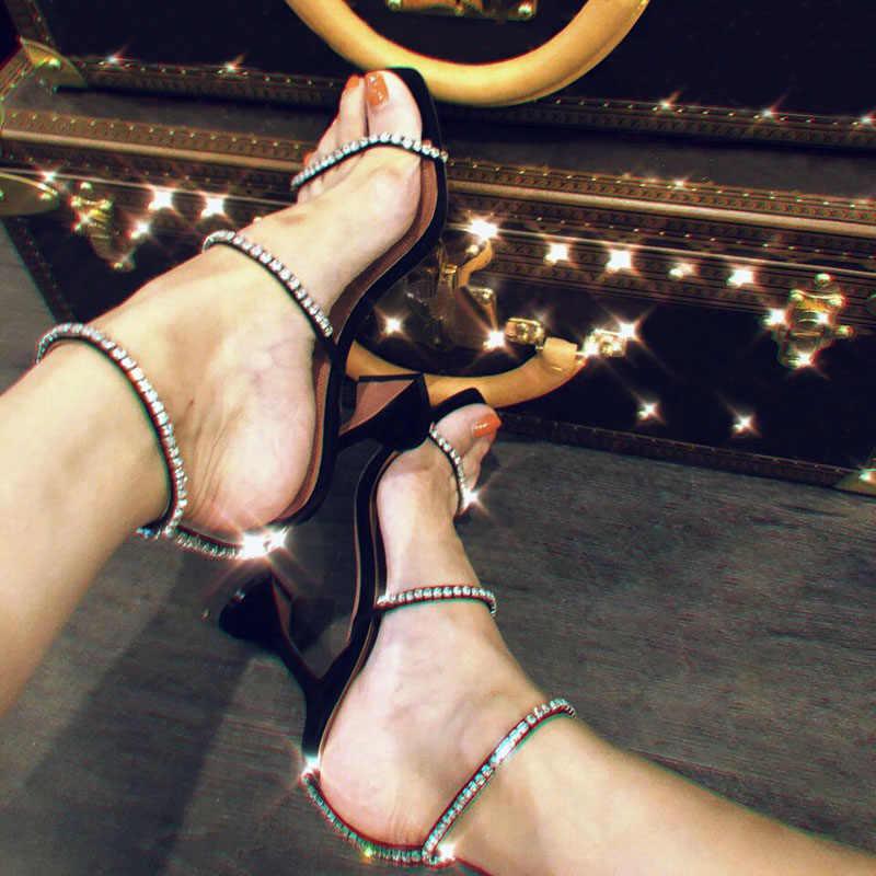 Đen Bạc Võ Sĩ Giác Đấu Giày Sandal Nữ Các đường Cắt Mùa Hè Giày Người Phụ Nữ Bơm Pha Lê Trang Trí Sandalias Mujer 2019 Thiết Kế Mới Cao Cấp giày cao gót
