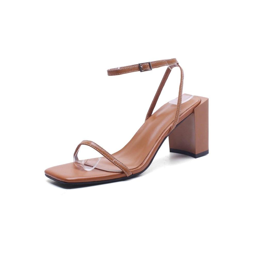 Krazingหม้อfull g rainหนังp eep toeแฟชั่นผู้หญิงรองเท้าแตะสแควร์สีดำสีน้ำตาลสีรองเท้าส้นสูงรุ่นแคทวอล์แสดงรองเท้าLa8-ใน รองเท้าส้นสูง จาก รองเท้า บน   3