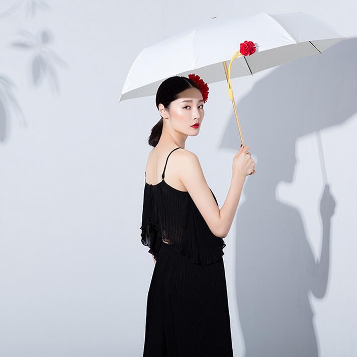 Fashion Creative 3D Rose Umbrella Vaulted Brand Vinyl UV Sunny Rainy Umbrellas Lady Parasol Cream White with Mental Rose handle in Umbrellas from Home Garden