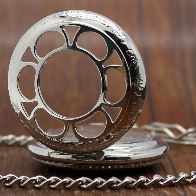 Pocket Watch Relgio De Bolos New Retro Hand Wind Mechanical Pocket Watch Hollow Case Roman Numeral Dial P838C