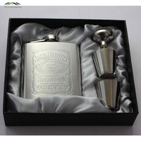 Hot Sale Portable Stainless Steel Hip Metal Flask Sets Gift Travel Whiskey Alcohol Liquor Bottle Flagon