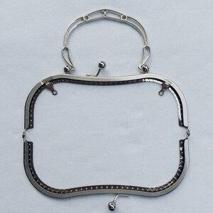 Image 2 - 19,5 см, большой размер, винтажный узор, резной женский кошелек «сделай сам», рамка, женская сумка, металлическая застежка, металлические аксессуары, 3 шт.
