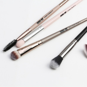 1 Set EyeMakeup Brushes Set Eyeshadow Brush Eyebrow Comb Brush  Eyelash Bevel Eyeliner Smudge Brush Kit