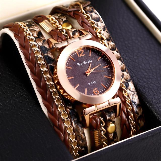 Classic Women's Bracelet Watch Stainless Steel Analog Quartz Wristwatch Small Di