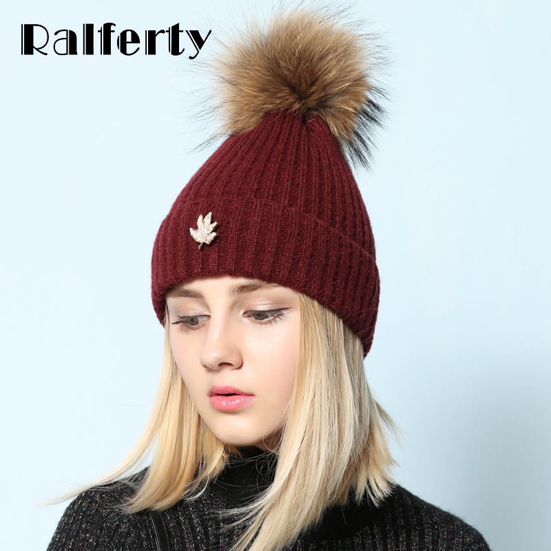 Ralferty Real Raccoon Fur PomPom Hats For Women Leaf Beanies Skullies Female Ball Knitted Hat Winter Warm Ski gorros Solid Cap unisex 1d one direction letter hats gorros bonnets winter cap skullies beanie female hihop knitted hat toucas with pompom ball