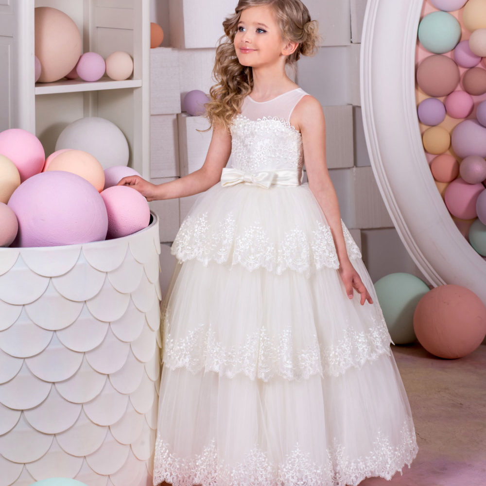 First Communion Dresses for Girls Appliques White and Ivory O-neck Ball Gown Sleeveless Formal Pageant Dresses for Girls Glitz 2017 girls dresses in black and white stripes 100
