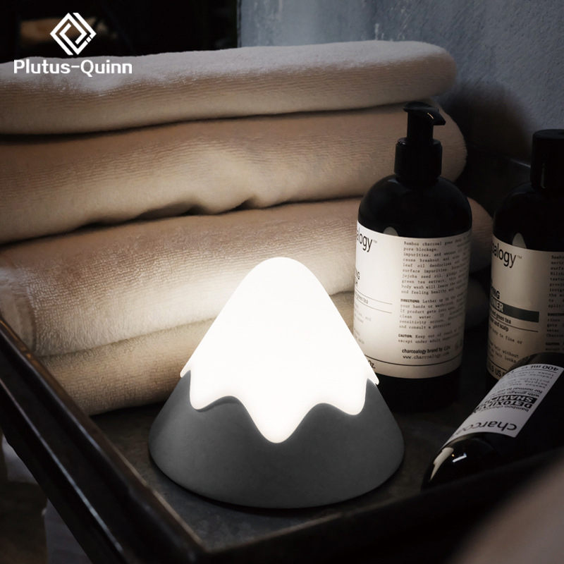 2019 New Dropshipping Snow Mountain Lamp Rechargeable Bad Room Night Light Like Moon Lamp Ambient Light Creative Silicone Lamps