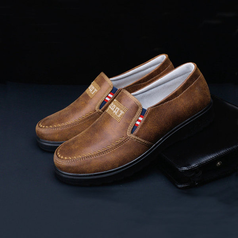 Casual Men Shoes Spring Autumn Soft Leather Slip On Flat Heel Male Man Old Flats Loafers Oxford Walking Shoes Zapatos For Father 2017 autumn fashion men pu shoes slip on black shoes casual loafers mens moccasins soft shoes male walking flats pu footwear