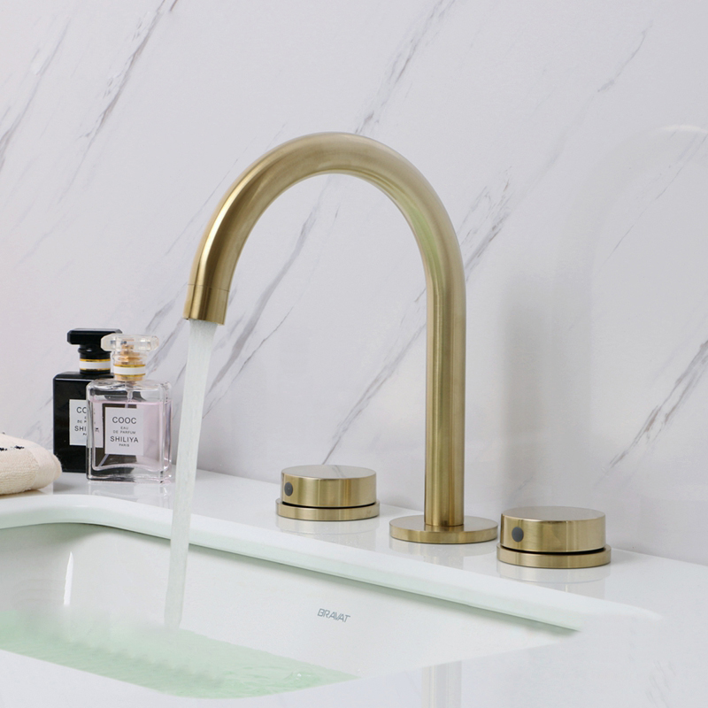 Basin Faucets Bathroom Sink Faucet Gold Brushed Brass 3 Holes Double Handle Luxury Bathbasin Bathtub Taps Hot & Cold Mixer Water