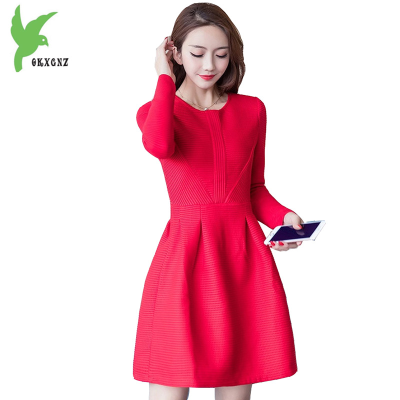 New Autumn Winter Women's Dress Fashion Red Knitted Casual Costume Long Sleeves Thicker Temperament Slim Lady Dress OKXGNZ A771 new winter women long style down cotton coat fashion hooded big fur collar casual costume plus size elegant outerwear okxgnz 818