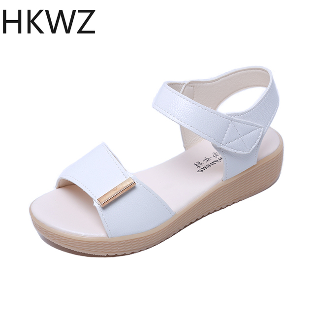 2019 new fashion muffin thick bottom wedge fish mouth Roman sandals patent leather non-slip comfort women's wild gladiator shoes