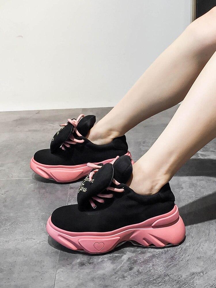 Zapatos Casuales Moda Mujeres Caliente Inferiores rosado azul Mollete De  Negro 2018 Cuero Salvaje Tendencia aUnRTT 6d5060894875a