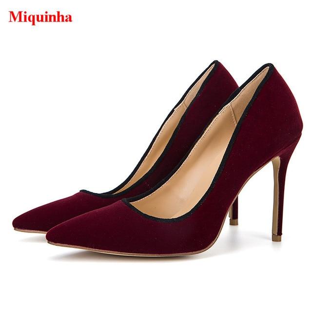 Borgoña Zapatos casuales Mujeres punta estrecha Detalle de metal Slip en los zapatos IBLAQU