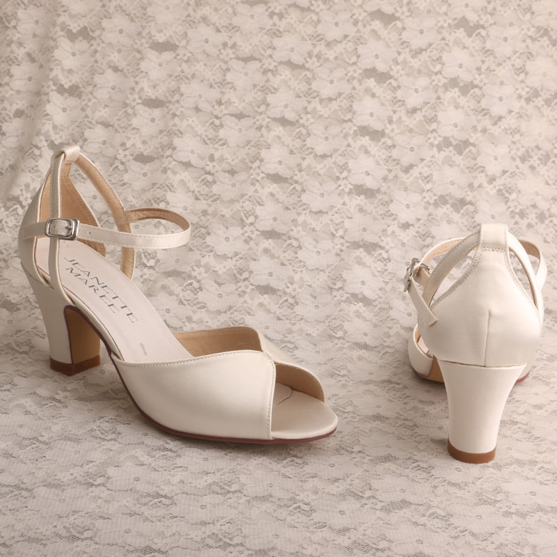 fa55cc505a Customized Block Heel Wedding Sandals for Bride Open Toe Ladies Summer  Shoes-in High Heels from Shoes on Aliexpress.com | Alibaba Group