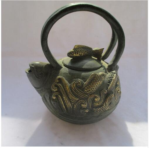 Cinese Old Bronze Gold gilt Intagliato goldfish Tea Pot/Asian Antiques teieraCinese Old Bronze Gold gilt Intagliato goldfish Tea Pot/Asian Antiques teiera