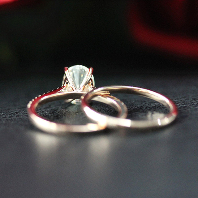 14K Rose Gold 6X8mm 1.5ct Carat Oval Brilliant Cut Moissanite Engagement Ring&Wedding Band Ring Set For Women 4