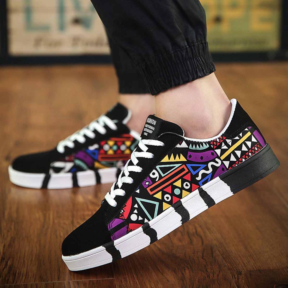 Men Fashion Graffiti Shallow Canvas Sneakers Casual Lace Up Vulcanized  Platform Shoe Hip-Hop Breathable Runway Shoes 59fef2c79