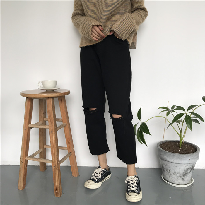 18 Summer Style Black White Hole Ripped Jeans Women Straight Denim High Waist Pants Capris Female Casual Loose Jeans 19