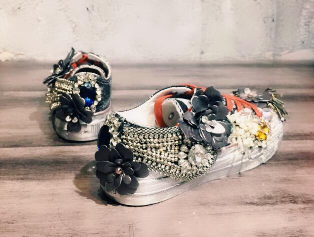 Брендовая повседневная обувь для скейтборда на плоской подошве со стразами и блестками; парусиновая женская обувь с круглым носком - 2