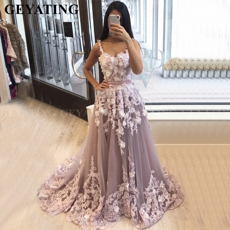 Elegant Long Purple Arabic Evening Dress 3D Flower Appliques Spaghetti Straps Lavender Dubai Prom Dresses Plus Size Formal Gowns