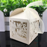 50pcs/lot The groom and bride candy box Mr&Mrs European style creative hollow upscale folding candy box wedding decoration
