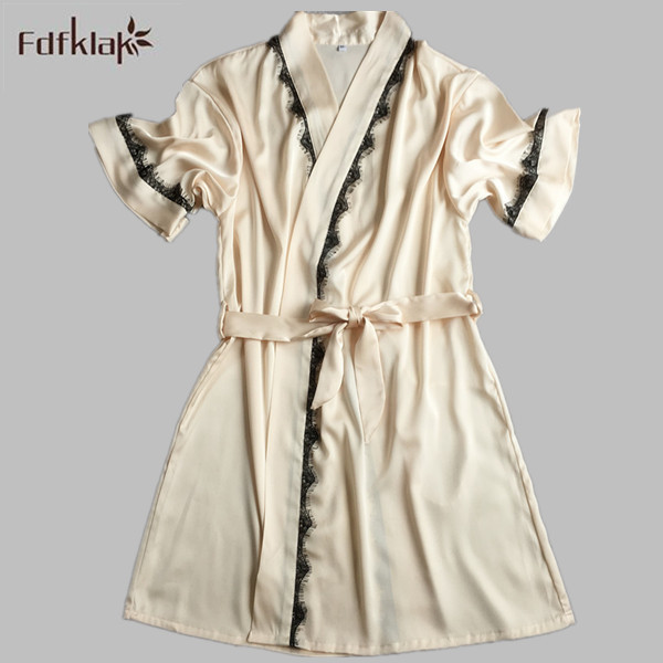 2017 New Fashion Dressing Gowns For Women Short Satin Robe Sexy Silk Bath Robe Spring Summer Female Bathrobes M-XL E0117