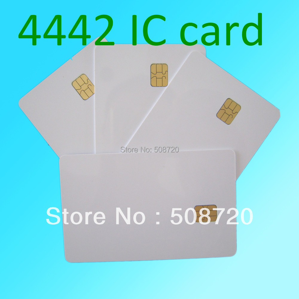 White PVC Card CR80 With SLE FM4442 Chip Contact Smart Card