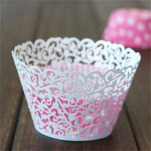 Lace Pattern Paper Cupcakes