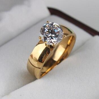 טבעת גולדפילד עם אבן קריסטל