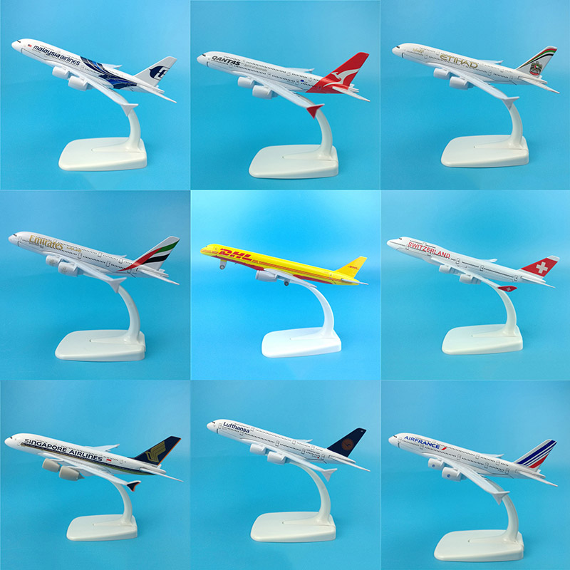 16CM 1:400 Scale Airplane Airbus A340 A380 Boeing B777 B747 Plane Model W Base Alloy Aircraft Plane Collectible Display Toy